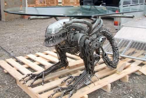 alien-coffee-table1.jpg